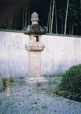 石灯籠 公智神社境内 ―20