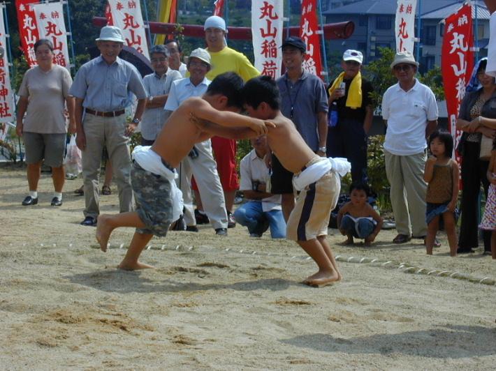稲荷神社奉納相撲1