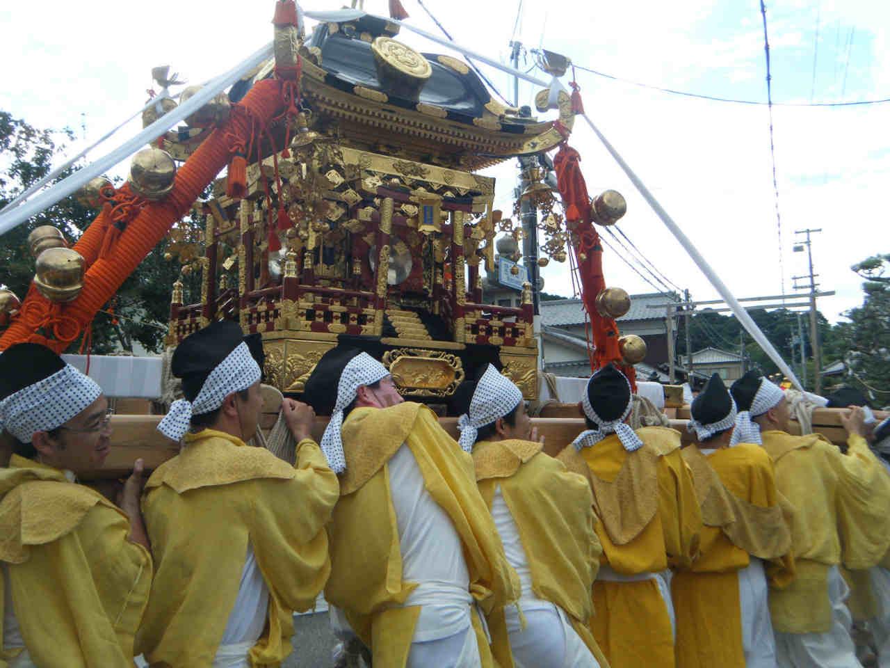 秋祭り公智神社御神輿